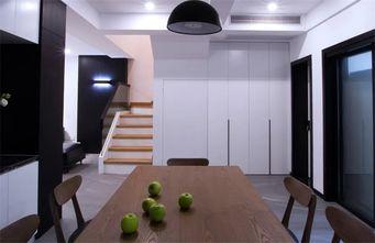富裕型140平米别墅现代简约风格楼梯间装修案例
