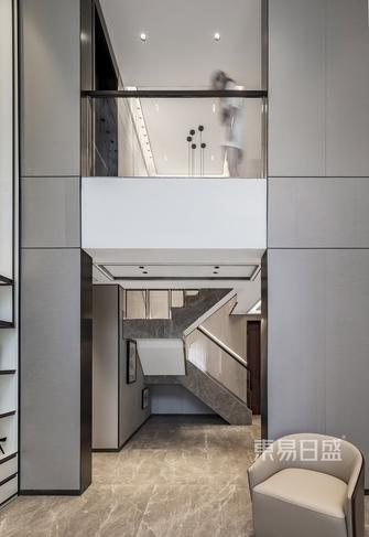 20万以上140平米复式现代简约风格楼梯间装修案例