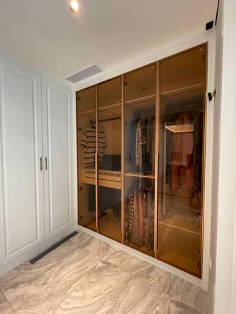 豪华型140平米四室三厅现代简约风格衣帽间效果图