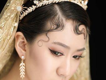 YZ婚纱美学•化妆培训