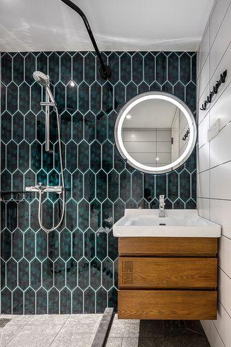 富裕型110平米三室一厅日式风格卫生间图