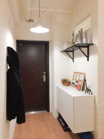50平米一室一厅现代简约风格玄关设计图