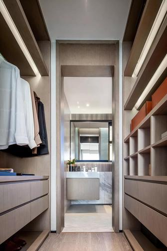 140平米四室两厅轻奢风格衣帽间欣赏图