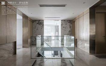 20万以上140平米复式轻奢风格楼梯间图片大全