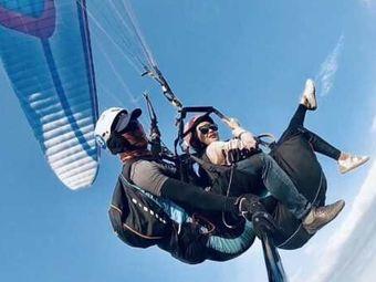 锐思飞行滑翔伞体验中心