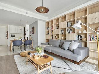 富裕型三日式风格客厅设计图
