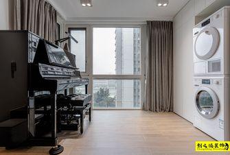 富裕型140平米三室两厅现代简约风格阳台装修图片大全