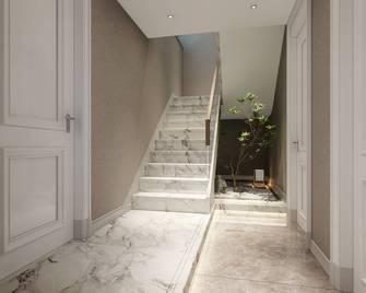 140平米复式现代简约风格楼梯间装修案例