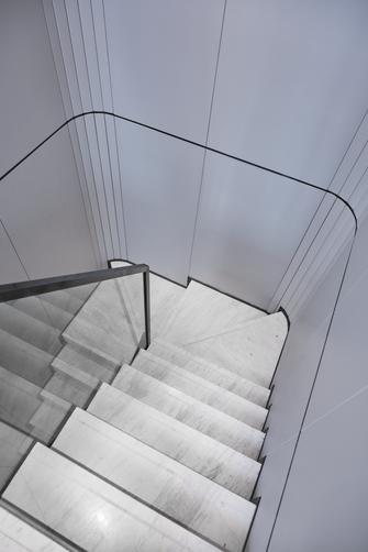 豪华型140平米四中式风格楼梯间欣赏图