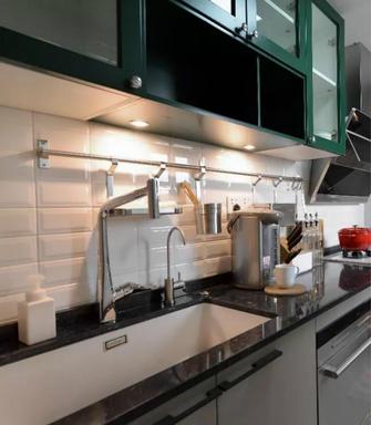 富裕型130平米三室两厅新古典风格厨房图