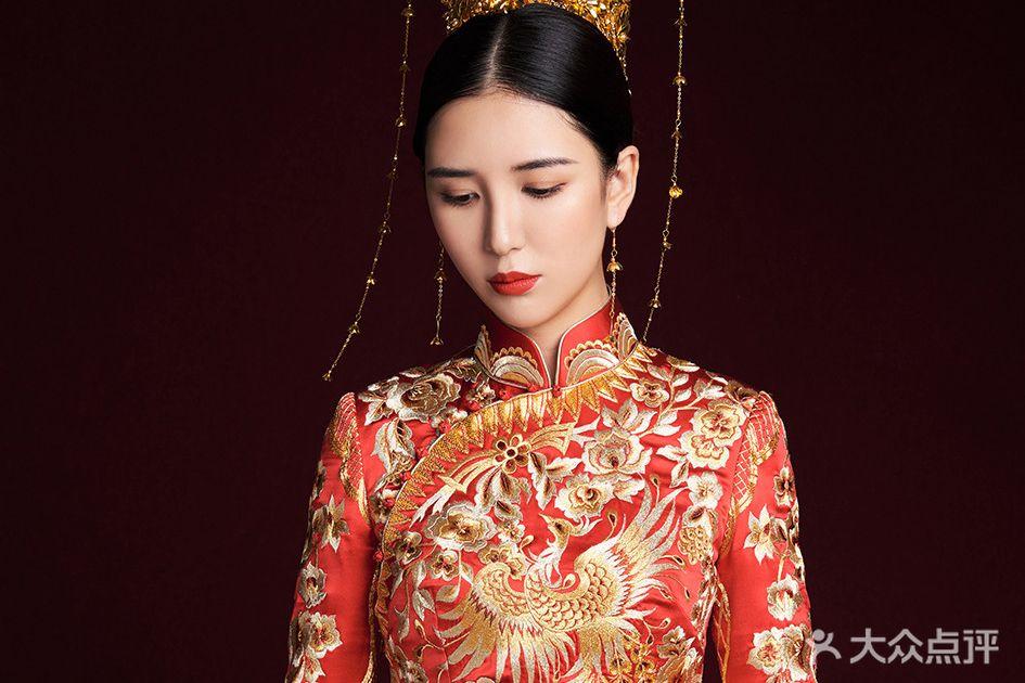 真水无香中式嫁衣定制的图片