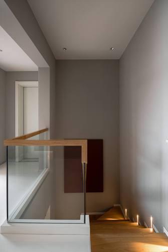 豪华型120平米三室两厅日式风格楼梯间装修效果图