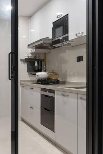 豪华型80平米三现代简约风格厨房装修图片大全