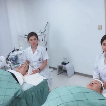 【长春】清颜皮肤管理中心韩国超微气泡深层清洁488元套餐