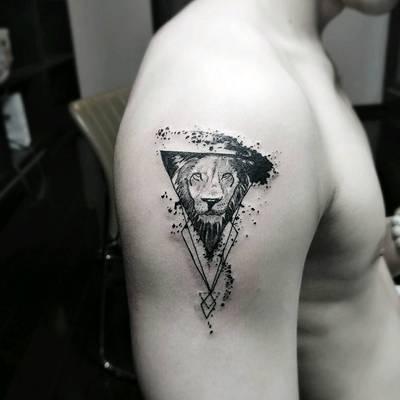 小狮子纹身图