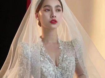 Dlovely·新娘跟妆·婚纱定制