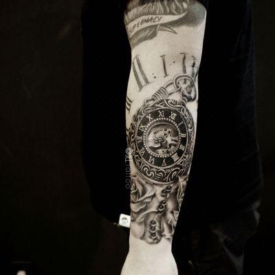 怀表&玫瑰纹身款式图
