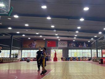 酷博篮球馆(阿帕克馆)