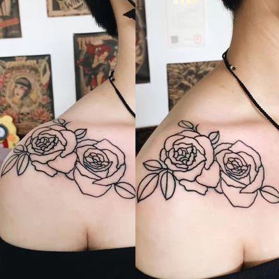 肩头玫瑰纹身款式图