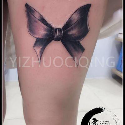 蝴蝶结纹身图