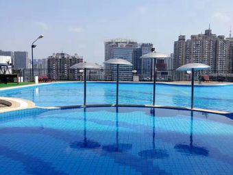 金源大饭店游泳池