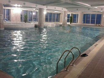 兰博基尼健身游泳