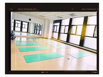 恋.瑜伽生活馆