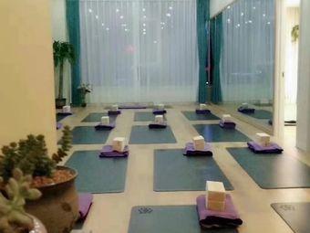 格瑜伽中心