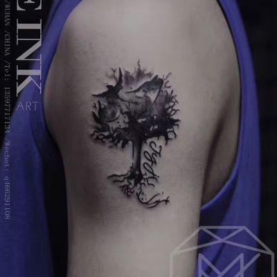 写实树纹身款式图