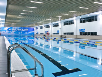 锋泽恒温游泳馆