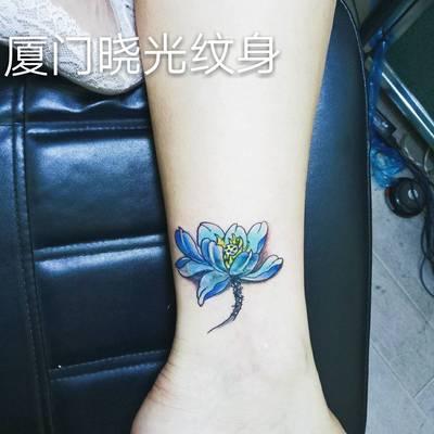 小莲花纹身图