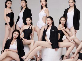 明伟风尚模特空乘表演艺术中心