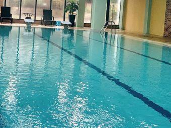 泳恒体育名仕汇室内游泳馆