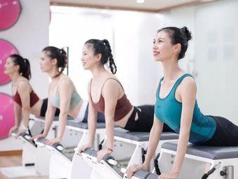 爱尚瑜伽养生会馆