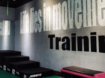 V8健身工作室
