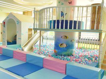 GANOR佳诺国际婴幼中心(凤凰洲店)