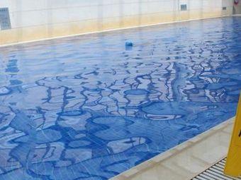子云大酒店室内恒温游泳池