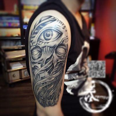 手臂骷髅头纹身款式图