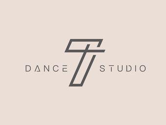 T7 dance studio