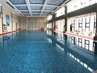 麦肯游泳健身中心(保利领秀山店)