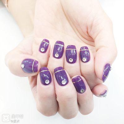 紫色魅惑美甲款式图