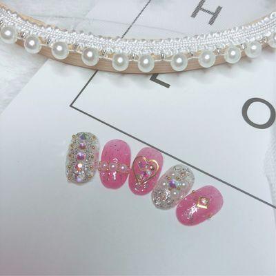 珍珠粉嫩美甲图