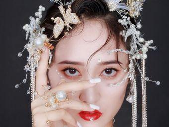 艾尚y8美妆造型礼服
