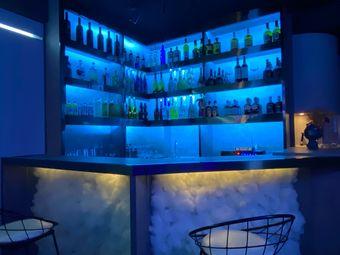 深藏Blue bar