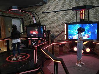 VR·桌游·书咖