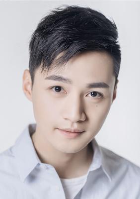 Jiaqi Feng