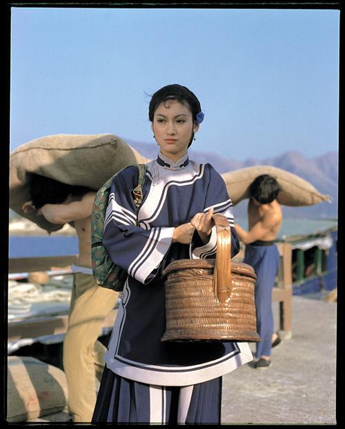 1981惠英红喜剧动作《长辈》HD1080P.国粤双语.中字