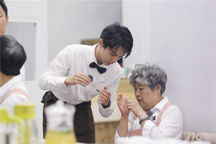 张元坤和公主奶奶.jpg