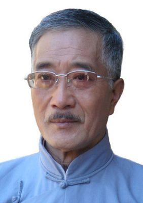 Tongjiang Hou