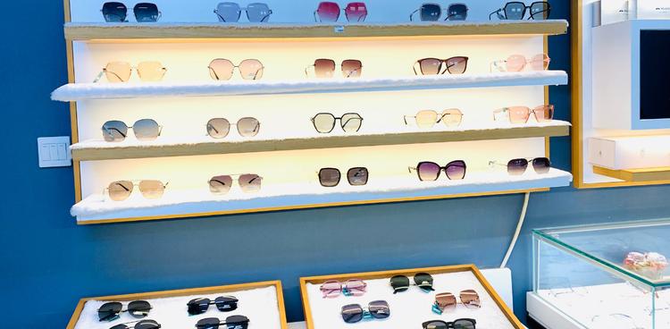 火热加推!视野联行太阳镜丨单人配镜套餐丨全城38店通用